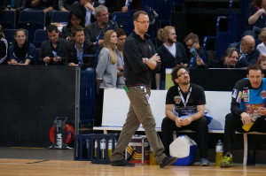 Dagur Sigurdsson hoch konzentriet im Finale des Final4 2014 in HH.
