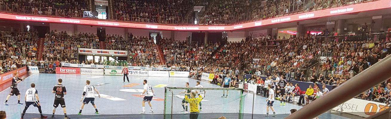 HC Erlangen Arena Nürnberger Versicherung Handball HBL
